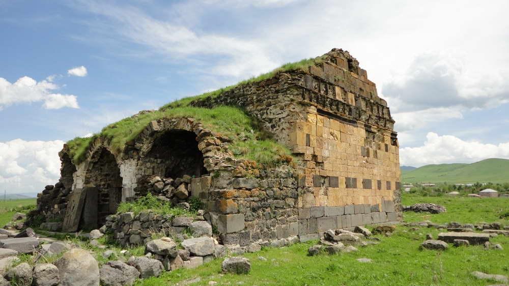 Lori fortress zatik travel